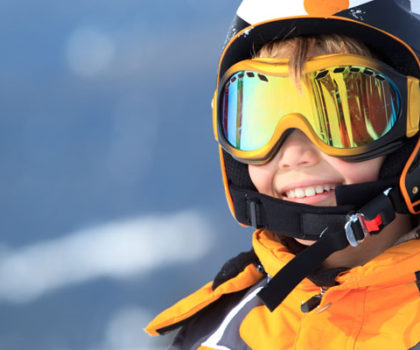 Helmets, Goggles and Sunglasses Ski & Snowboard Resorts